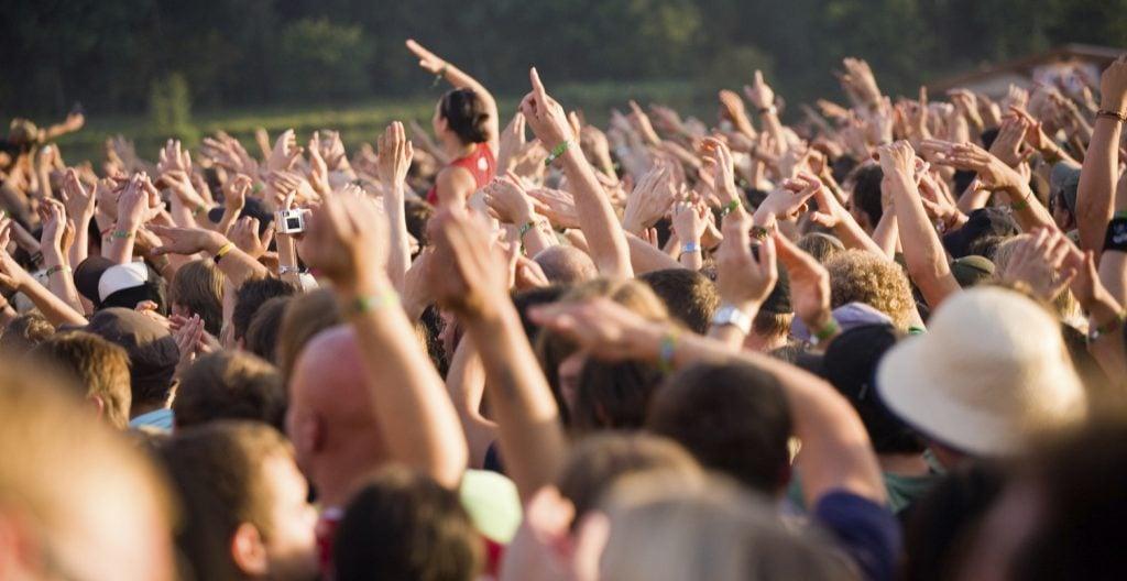 Wat gebeurt er als je met drugs wordt gepakt op een festival?