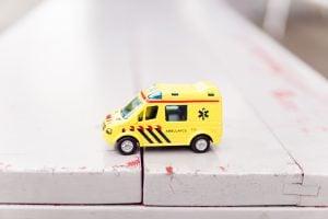 Gronings ziekenhuis waarschuwt voor 'levensgevaarlijk' drankspel met bierdopjes